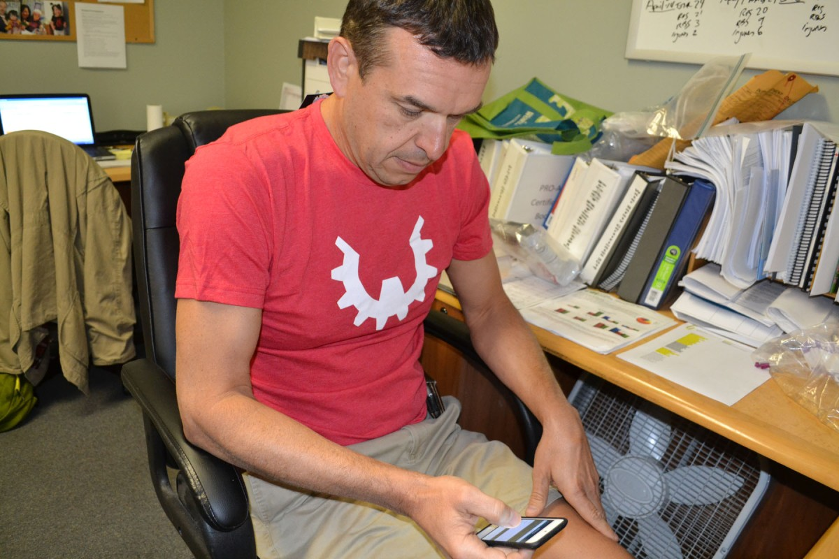Hillsides employee shares tips on nutrition apps